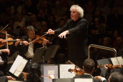 Sir Simon Rattle conducts the Berliner Philharmoniker in Mahler's Symphony No.7 at Roy Thomson Hall, November 15. CREDIT Jag Gundu for the Roy Thomson Hall Archive.