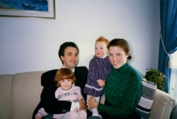 Wally, bottom left, with parents and younger sister Marley (1989)