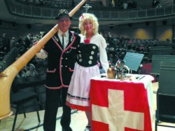 Dan and Lisa Kapp (with Alphorn)