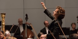 Conductor Tania Miller.