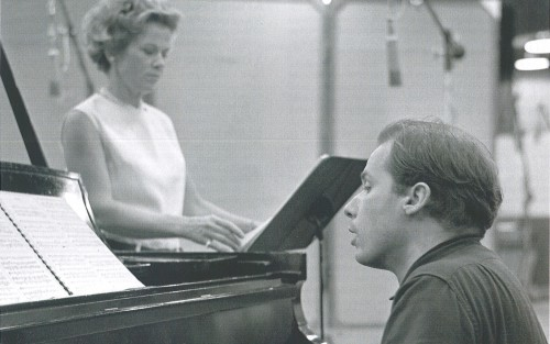 Glenn Gould recording Schoenberg's songs with Helen Vanni, 1964 - Photo by Don Hunstein