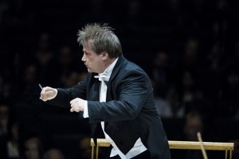 John Storgårds conducts the TSO in November. Photo by Marco Borggreve
