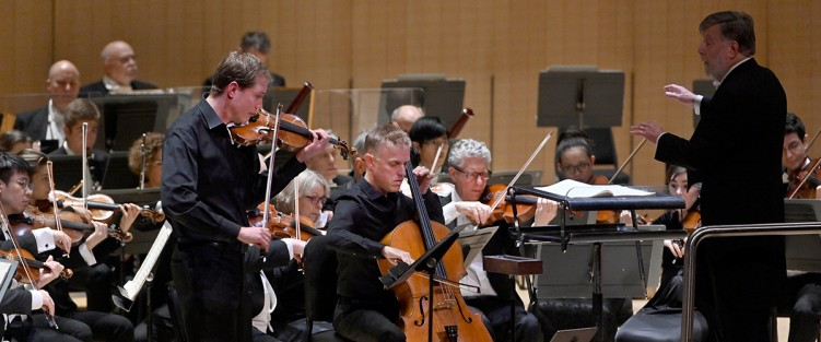 Jonathan Crow (violin) and Joseph Johnson (cello) with Sir Andrew Davis and the TSO. Photo credit: Jag Gundu.