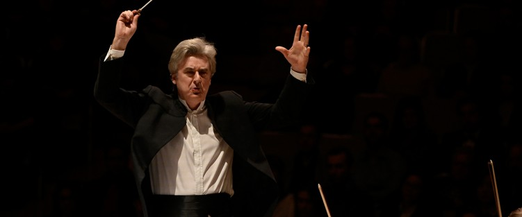 Thomas Dausgaard conducting the TSO on February 20. Photo credit: Jag Gundu.