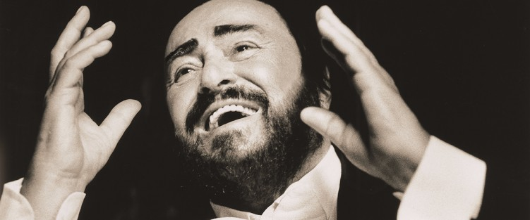 Luciano Pavarotti. Photo credit: Sacha Gusov, c/o Mongrel Media.