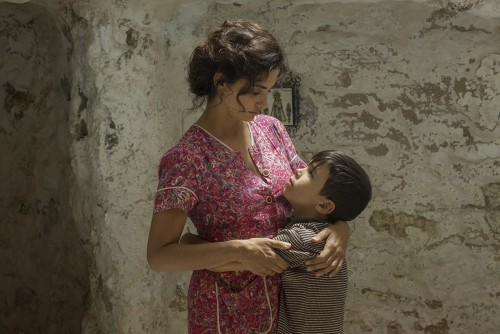 Penelope Cruz and Asler Flores (young Salvador). Copyright El Deseo. Photo credit: Manolo Pavón, c/o Sony Pictures Classics.