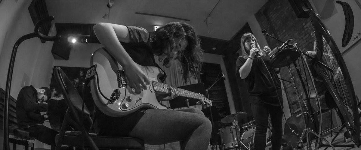 """A New Kind of Water"": guitarist Jessica Ackerley's ebb and flow"